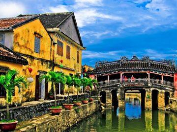 Là một trong top 10 Công ty du lịch uy tín nhất miền Trung, cùng với lịch sử hơn 12 năm phát triển không ngừng, Nam Á Đông Travel đã khẳng định vững chắc vị trí về chất lượng dịch vụ và hiệu quả kinh doanh trên thị trường du lịch trong nước